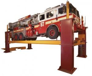 Four Post Automotive Lift and Vehicle Hoist